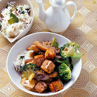 Gegrillter Tofu mit Brokkoli und Algenreis
