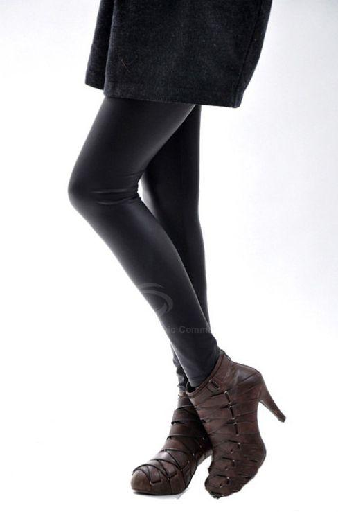 Stylish Elastic Faux Leather Women's Black Nine-Length Leggings