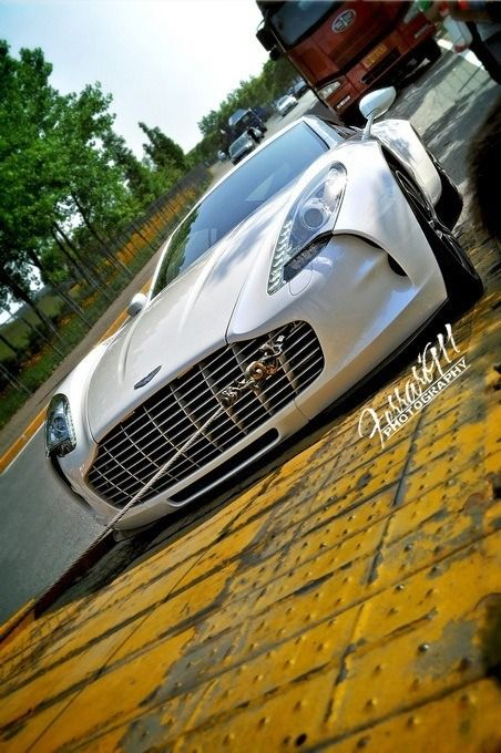 ♂ Silver car Wheels & Wings https://www.facebook.com/pages/Macson-Torrelodones/581067705250305?ref=hl