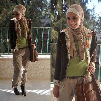 Khaki tapered pants/Floral shirt
