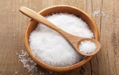 SOLFATO.DI.MAGNESIO.Sale di Epsom: proprietà e controindicazioni - Il sale di Epsom ha molte proprietà soprattutto per quanto riguarda la depurazione dell'organismo. Attenzione alle controindicazioni.