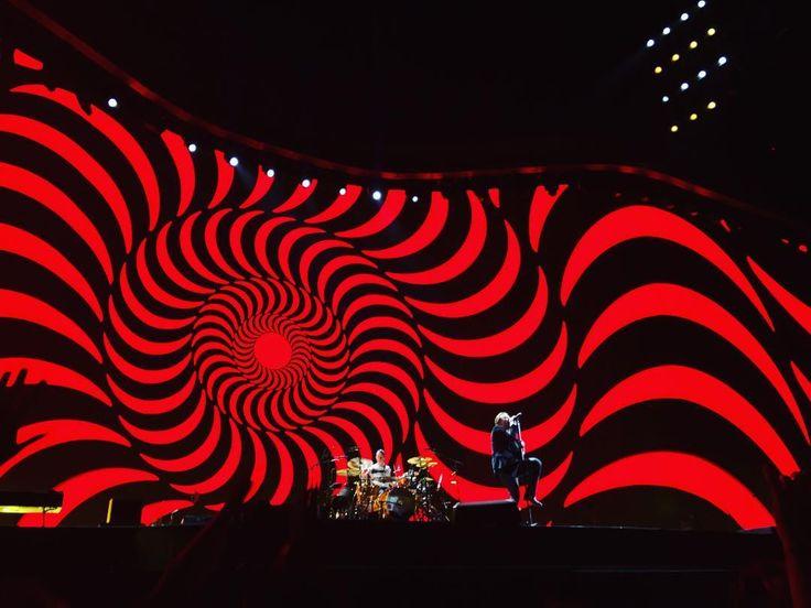 U2 / Croke Park / Dublin - Vertigo --- #u2thejoshuatree2017 #visualsoflife #artofvisuals #sunset #agameoftones #losangeles #moodygrams #createexplore #createcommune #photography #photooftheday #picoftheday #livemusic #365project #instagood #illgramers #heatercentral #estheticlabel #watchthisinstagood #ig_color #IG_Underdogz #joshuatree #bono #u2 #vertigo #dublin #crokepark #iphone7plus