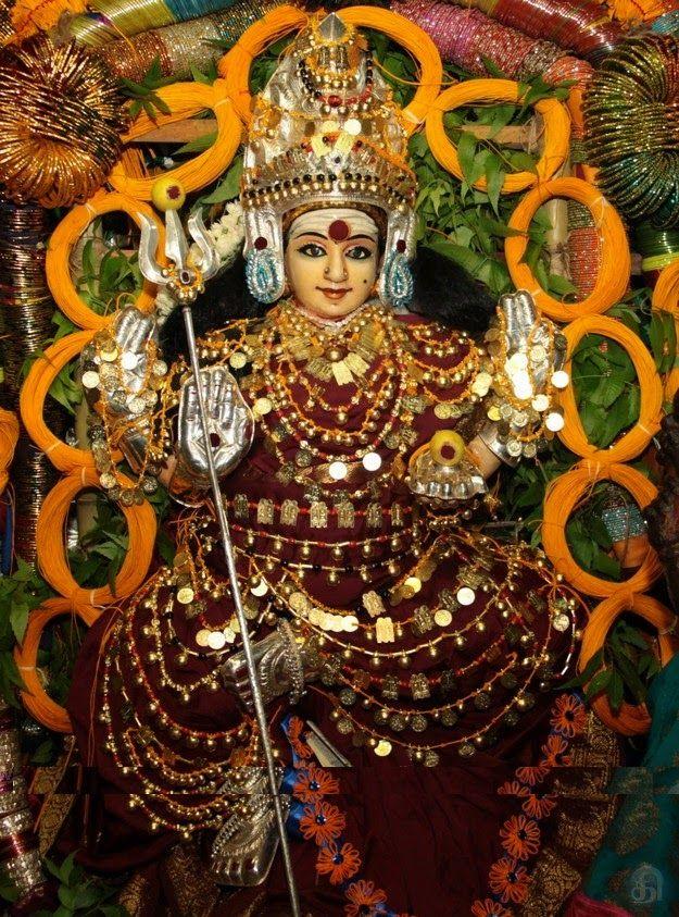 மணிராஜ்: சௌபாக்யங்கள் வர்ஷிக்கும் ஸ்ரீவரலஷ்மிபூஜை