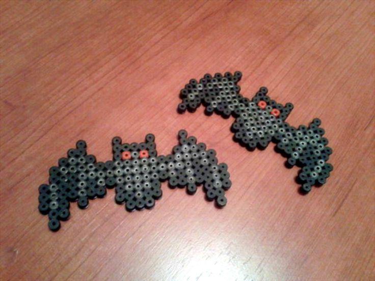 Bats - Halloween perler beads by MeLoDyMiiau on deviantART