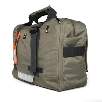 The Track Jack Board Case is a super flexible and friendly travel companion. With three different carry modes (backpack, side carry and over the shoulder), you'll be ready for any occasion....