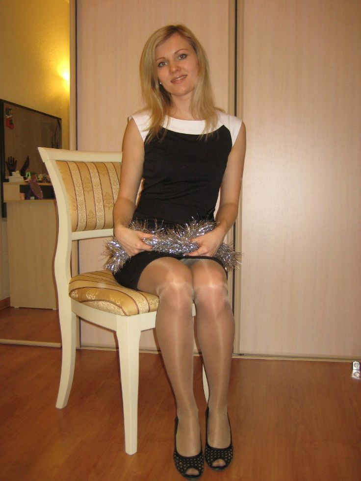 Exciting.. legs wearing pantyhose and sexy girls are Perfect