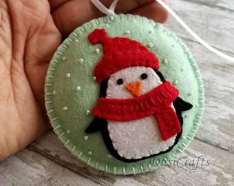 Felt christmas Penguin ornament, Penguin snowing ornament, snow-globe tree ornament, Christmas decoration, Snowing ornament