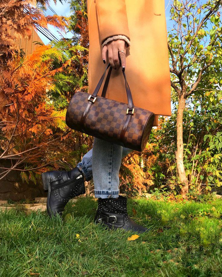 #autumnoutfit #louisvuitton #details #fashionblogger #coat #zaraaddicted #boots #jeans #dailylook