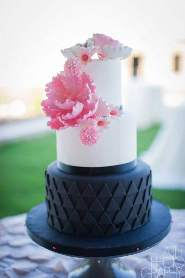 269 Best Images About Geometric Modern Cakes On Pinterest