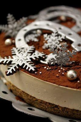 Kakkuviikarin vispailuja!: Tiramisun makuinen juustokakku