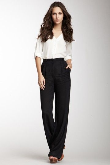 love me a high-waisted pant for the office!