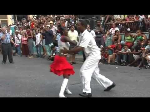Nostalgia Cubana - Carmelina Barbieri - Como se baila el son - YouTube