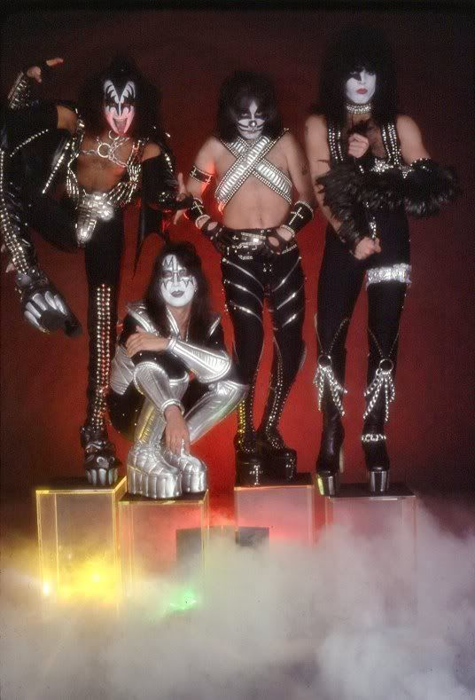 paul stanley 1977 - Google Search | KISS-the greatest band ...