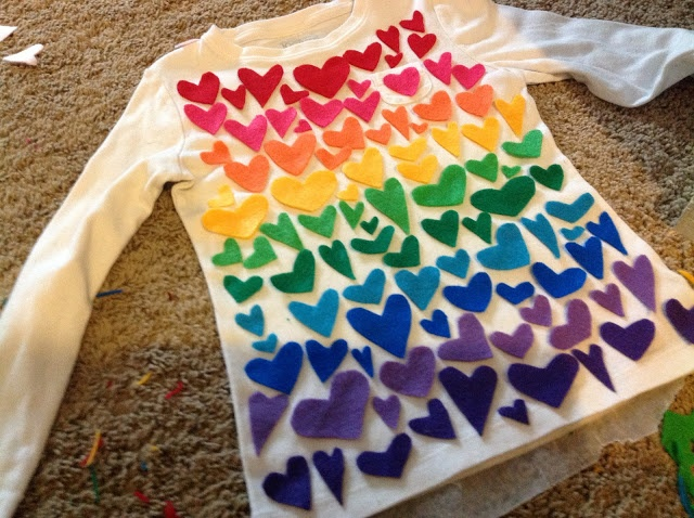 { The Crafty Homeschool Mama }: A Pretty Way to WEAR Your 100th Day of School Project