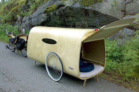 Finnish designer Sakari Holma built this minimalist bike camper that sacrifices space for less wind resistance.  (link to 4 other bike campers)