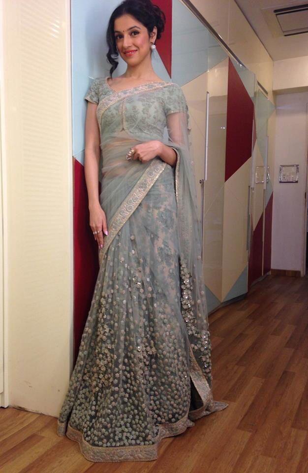 Divya Khosla Kumar In A Light Blue Floral Embroidered Sabyasachi #Saree.