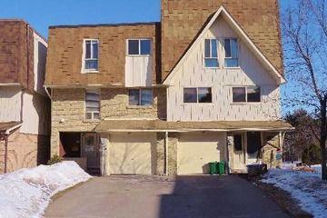 Semi-Det Condo - 4 bedroom(s) - Aurora - $392,500