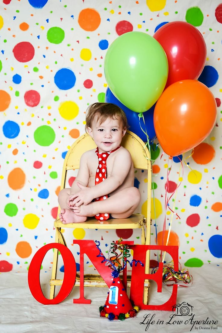 Life In Low Aperture | first birthday pictures | one year old boy | primary colors | balloons | happy birthday | burleson fort worth photographer | birthday boy pictures