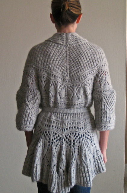 Vogue Knitting Cardigan Pattern : 206 best images about Knitting - Coats & Sweaters on Pinterest Coats, F...