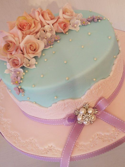 Sarah Birhday Cake - by ScrummyMummy @ CakesDecor.com - cake decorating website