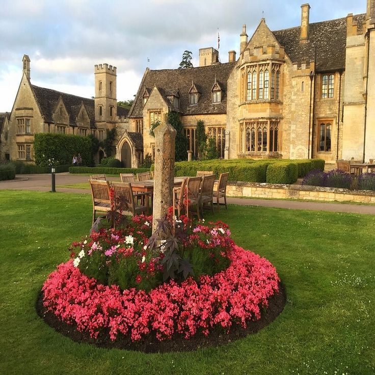 Ellenborough Park - This gorgeous Manor dates back to the 1400's.  Follow: @luxuryhotelpix -  @blueskytraveler |  Ellenborough Park UK -  Tag #luxuryhotelpix to be featured - #luxurytravel  #travelluxury