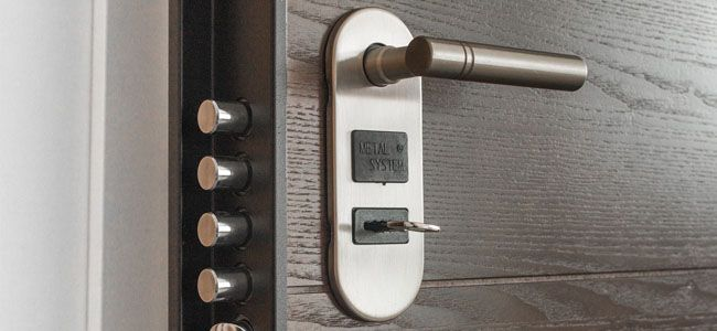 The 10 Best Keyless Door Locks For Modern Home Convenience Best Home Security System Home Safety Best Home Security