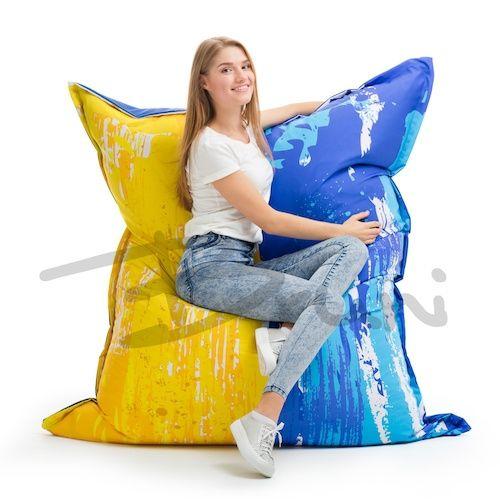 Завершим сегодня таким креслом) Яркое, неординарное и безумно комфортное кресло-подушка Ukraine💙💛  Меняйте форму и положение для отдыха по своему вкусу: ✅Кресло ✅Подушка ✅Диван ✅Гамак;)  Кресло выполняется в двух размерах: Medium длина 1.40м, ширина 1.20м Large длина 1.80м, ширина 1.40м (на фото)  Материал: практичная ткань Оксфорд. Двойной наполнитель (гранулы + поролон) подарит вам особый комфорт.  Каждое кресло производится с двойным (внутренним) чехлом и упаковывается в тканевый мешок…