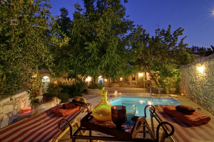 #Eleni's #Stately #Home is the absolute #dream #Villa #destination you were looking for your #summer #holiday in #Rethymno, #Crete! Enjoy the beautiful #garden, amazing #pool, #comfortable #rooms and total #privacy! That's all you need!