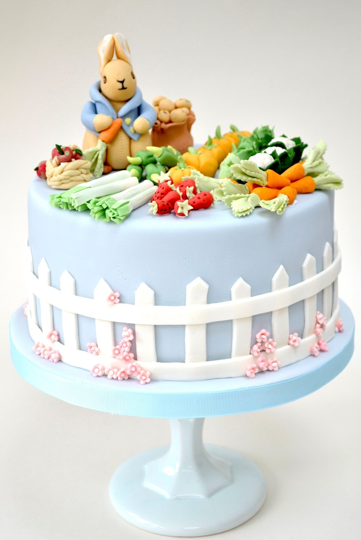 Peter Rabbit cake by RosalindMillerCakes.com...my favorite character--Peter Rabbit by Beatrix Potter   ;-p   i want this for my birthday
