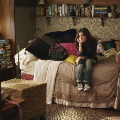 Aria's room would be my dream room.