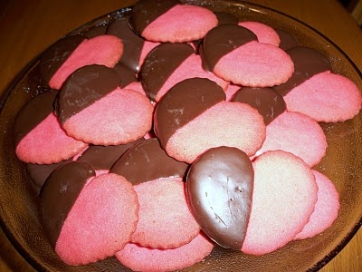 Pink & Chocolate Cookies