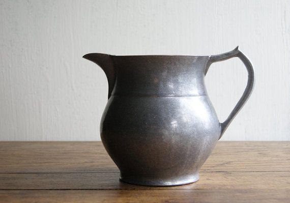Metal Water Pitcher by Wilton - 23.8KB