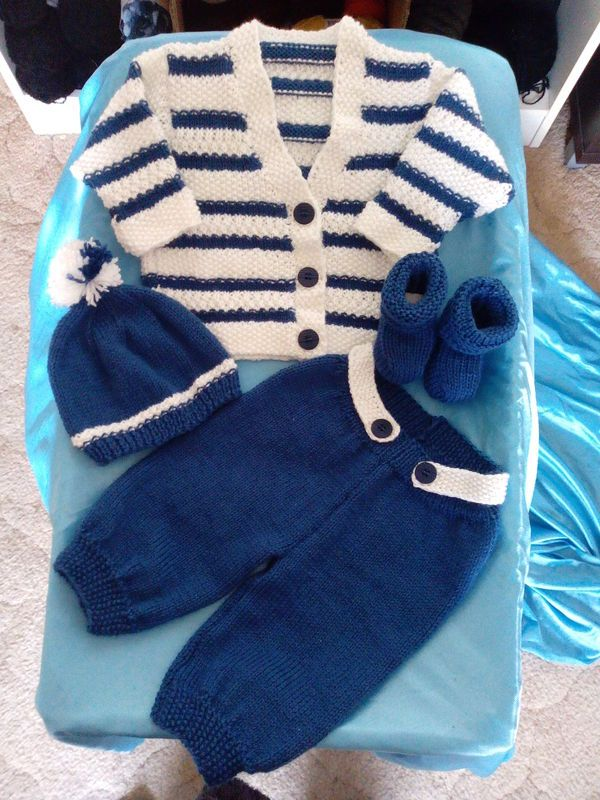 little boys outfit.(K)