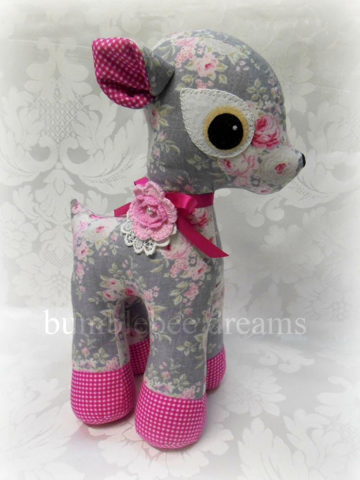 Handmade deer softie www.facebook.com/bumblebeedreams  Pattern by Melly & Me :-)