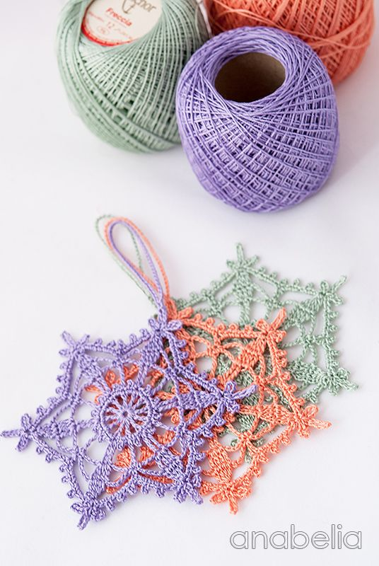 Shabby-chic crochet star ornament, by Anabelia