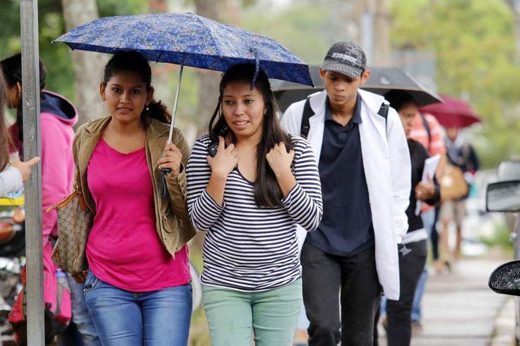 Pronostican el segundo frente frío del año en Honduras  Ingresará el lunes a Honduras, afectando más la región del Caribe, informó hoy el Servicio Meteorológico Nacional. El fenómeno también repercutirá en el resto del país con un considerable descenso de las temperaturas.