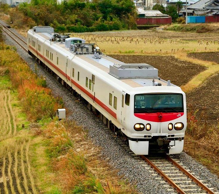 Niigata Service Unit, JR East KiYa E193 1 at Daigo in Japan