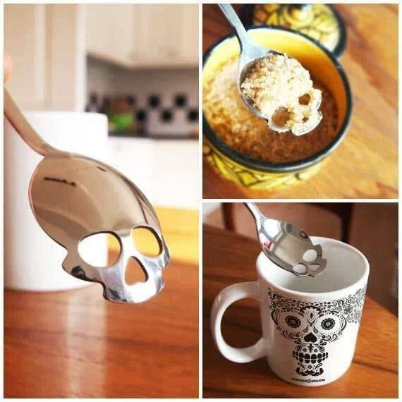 Born from the happy realization that with a simple twist, the humble tea spoon could become the perfect home accessory for fans of the macabre (and fans of hot drinks!). The Sugar Skull tea spoon is t