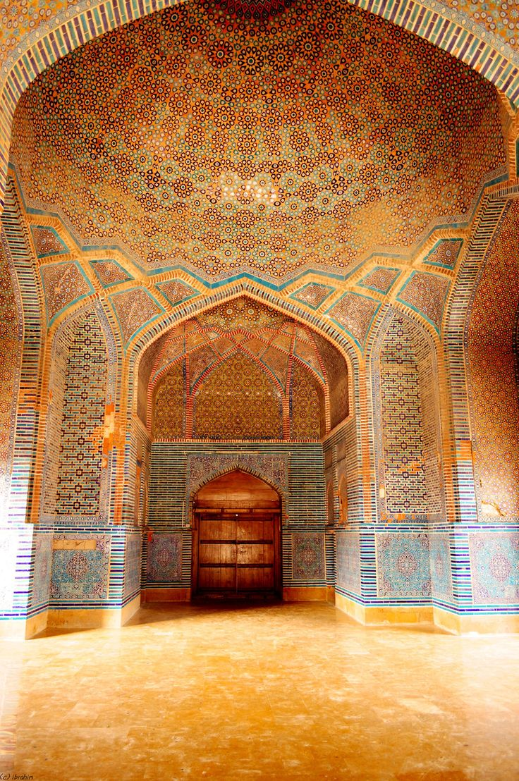 Islamic Decorative Tiles at Shah Jahan Mosque in Thatta, Pakistan - Islamic Architecture | IslamicArtDB.com