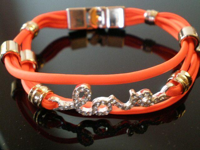 """Bratara link""""LOVE""""cu cristale,si snur imitatie piele, portocaliu neon"""