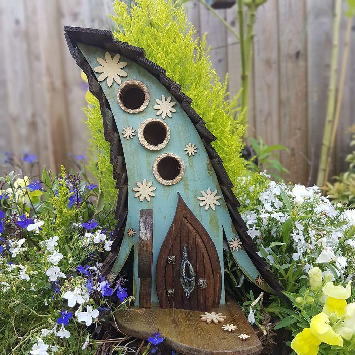 674 best Birdhouse ideas images on Pinterest Gardens Birdhouses