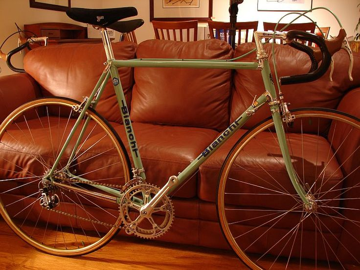 Welcome to my vintage bike blog. I will be featuring some of the 50 or so bikes from my collection as time permits. My collection consists of Italian vintage bikes from Colnago, Cinelli, Masi, Bianchi, Gios, Olmo, Geurciotti, Basso, Grandis, Pogliaghi, and Tommasini. I also own several Zeus (Spain), Austro-Daimlers (Austria), Schwinn Paramounts (USA) Merciers (France), a Liberia (France), a Raysport (Mexico), a Windsor (Mexico), and a Trek (USA).