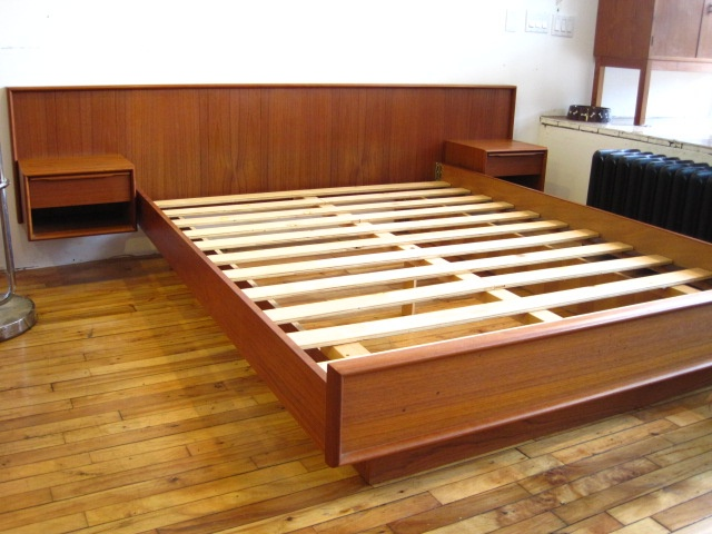 Mid Century Modern Bed Art And Architecture Functional Art In