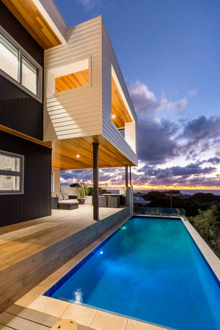 Scyon Linea is made to endure the elements, making it the perfect choice for modern coastal homes.