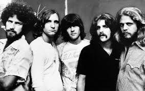 Les beaux souvenirs du groupe The Eagles Pour l'écouter voici le lien http://www.mp3-arabe.com/modules/mytube/singlevideo.php?cid=25&lid=2053