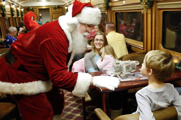5 magical Polar Express train rides in the US  Polar Express train rides have been popping up around the U.S., giving children and families a real life experience of the magical events – dancing crew and all -- captured in the story.