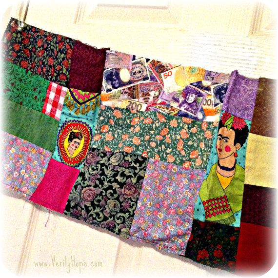 Traditional patchwork fabric panel remnant. Measures: 100 x 32 cm (39 x 12 1/2).  It is a raw workable panel meaning it is not backed and is for use