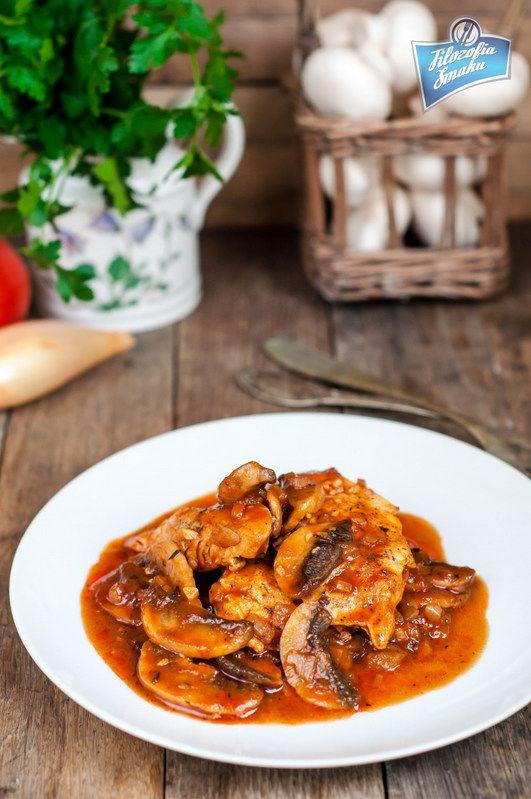 Kurczak Marengo z pieczarkami