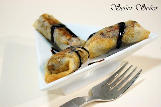 Rollitos de pasta brick rellenos de pollo y champiñones con crema de vinagre de Módena
