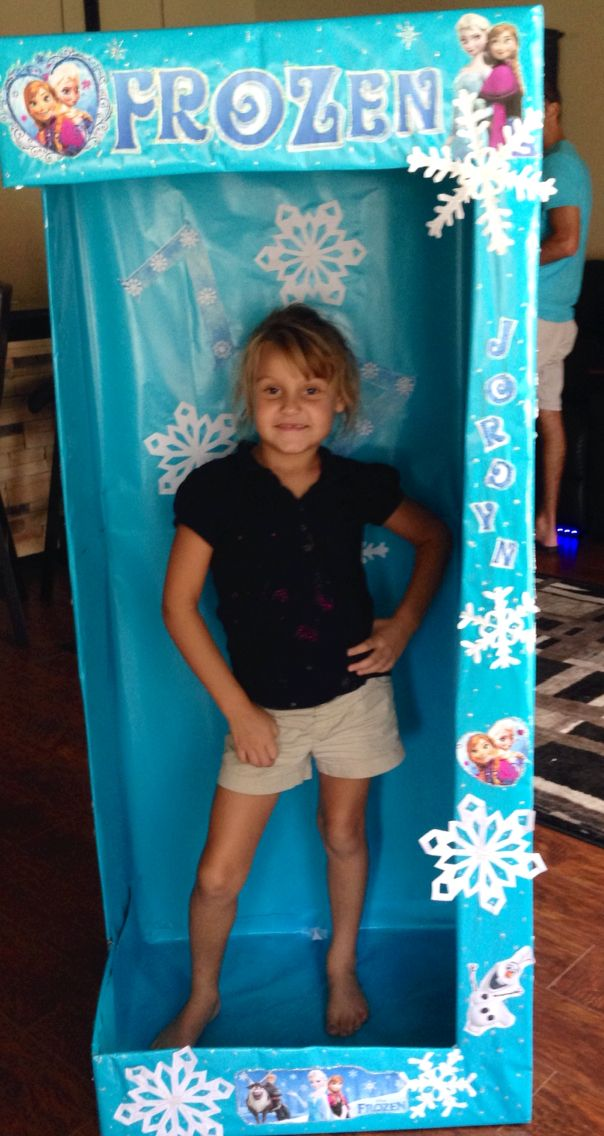 Frozen Photo Booth!